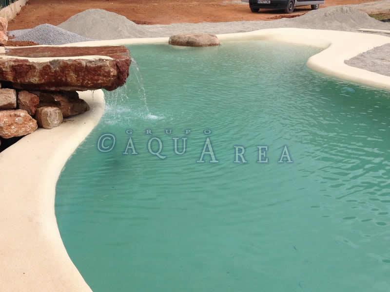 Cascada piscina de arena grupo aquarea for Cascadas de piscinas