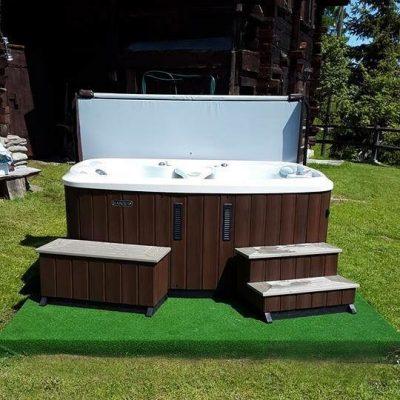 Instalación spa combinada césped artificial