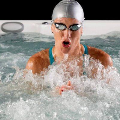 Nadando en swimspa ATV 17